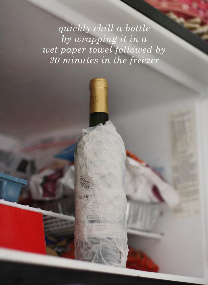 freeze-bottle-wet-towel-725