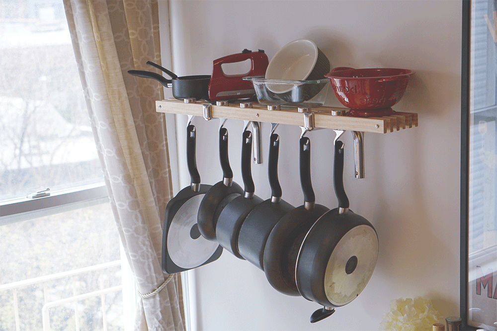 pot-rack-far-away