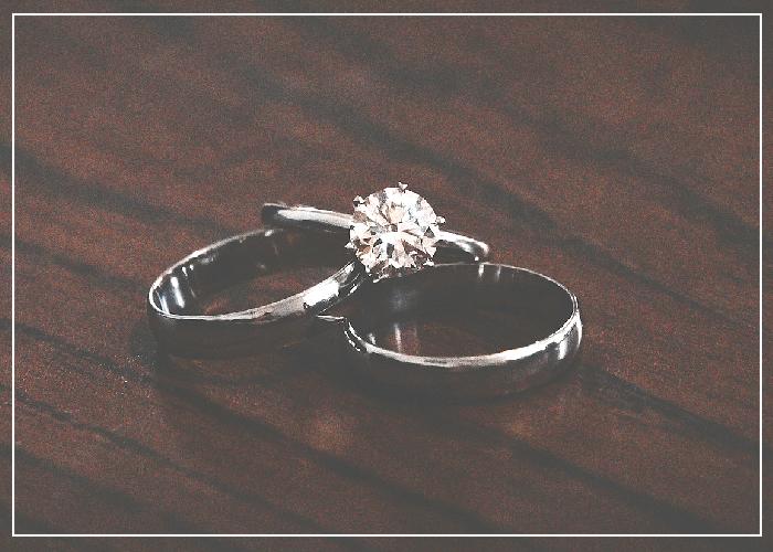wedding-ring-social-media