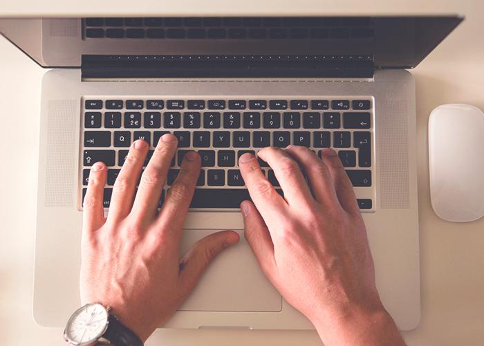 computer-hands