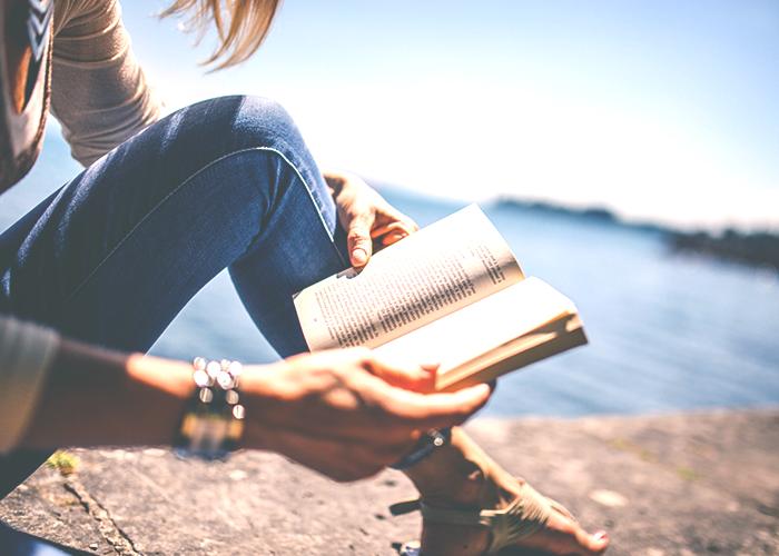 woman-reading-in-sun