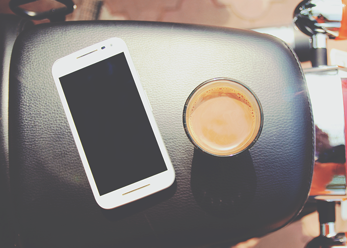 phone-and-coffee