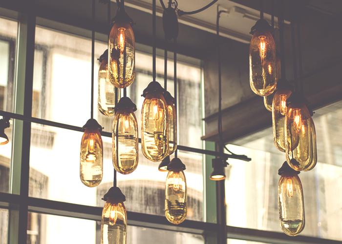 tfd_hanging-lights-in-glasses-jars