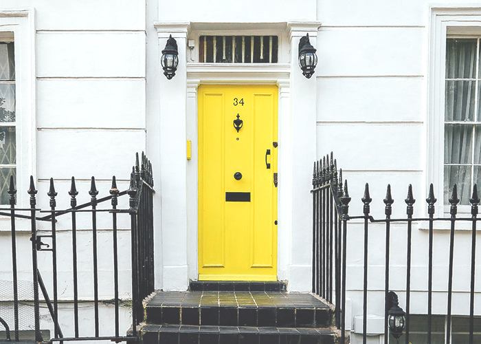 beautiful-apartment-with-yellow-door
