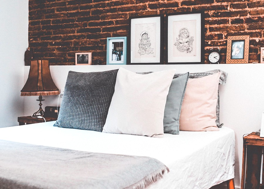 8 Things To Purge From Your Bedroom Today